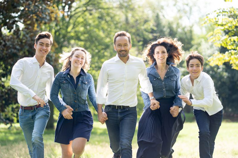 Group Family Photograph Running