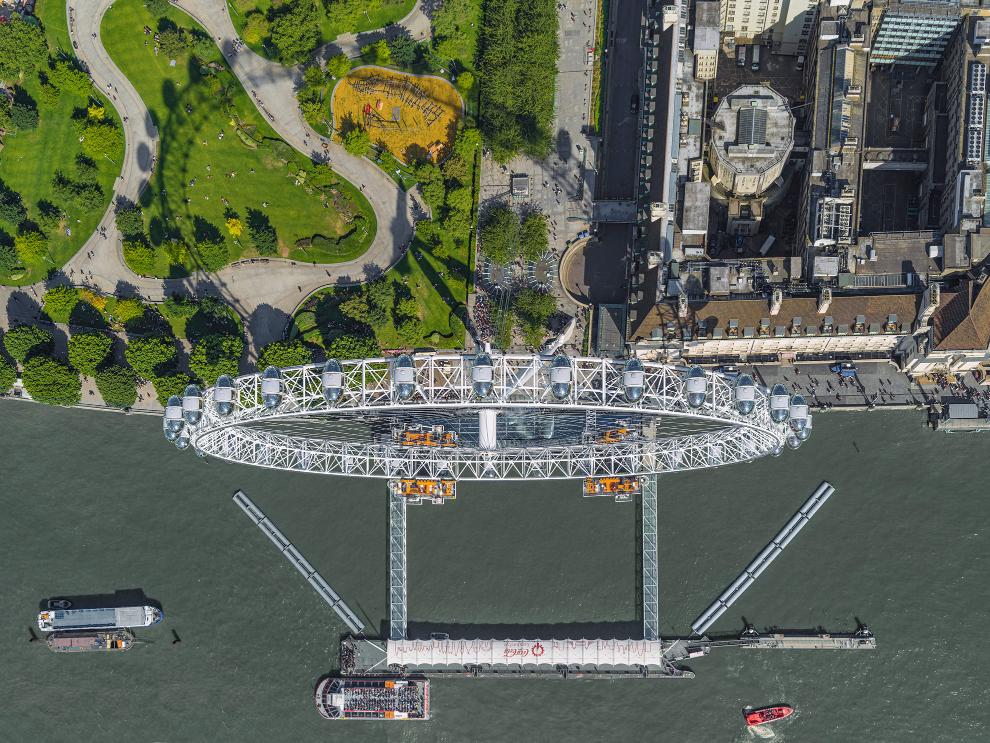 London Eye Photograph Bernhard Lang