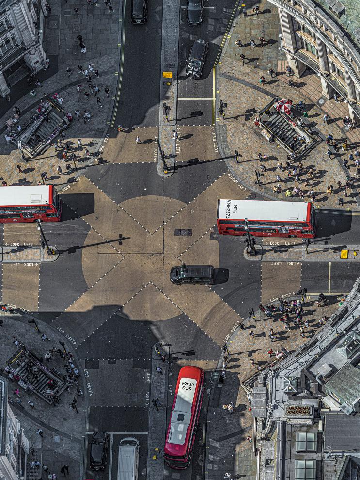 London Oxford Circus I Photograph Bernhard Lang